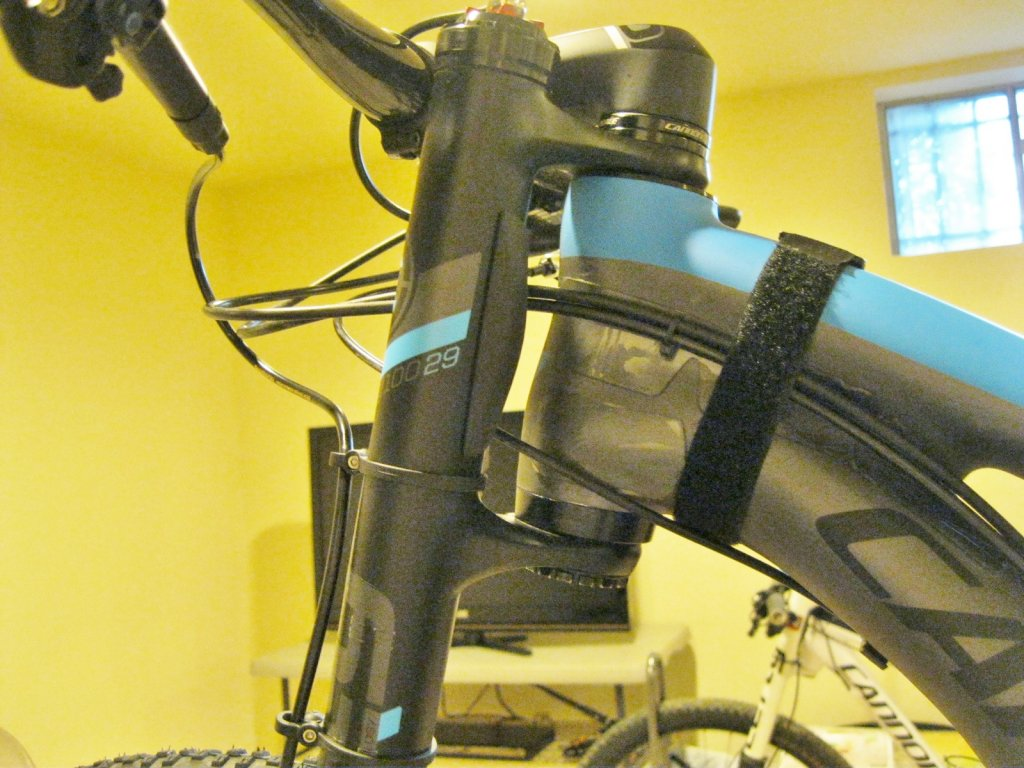 Who's moved the Scalpel 29er headset spacer from the top to the bottom?-img_3402.jpg