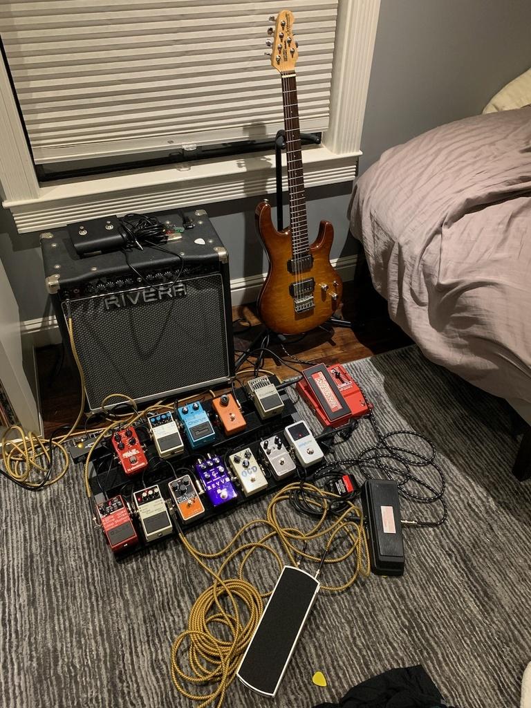 Guitars and Amps-img_3419-1-.jpg
