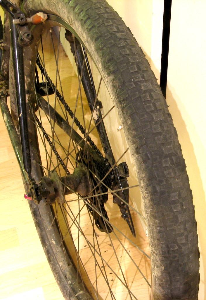 How do we build ourselves a fast road bike... that isn't a road bike?-img_3608.jpg