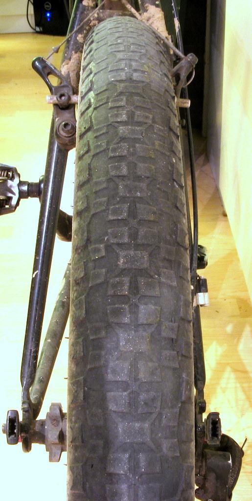 How do we build ourselves a fast road bike... that isn't a road bike?-img_3611.jpg