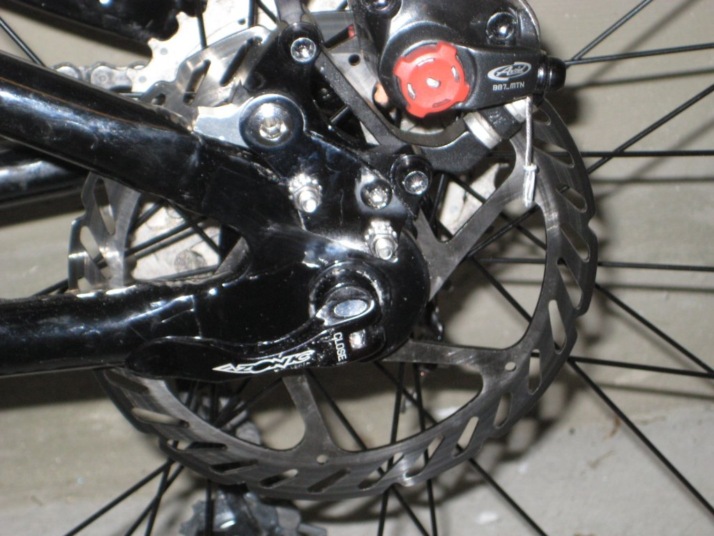 A2Z Disk Brake Adapter for frames without disk mount, anyone try one?-img_3837.jpg