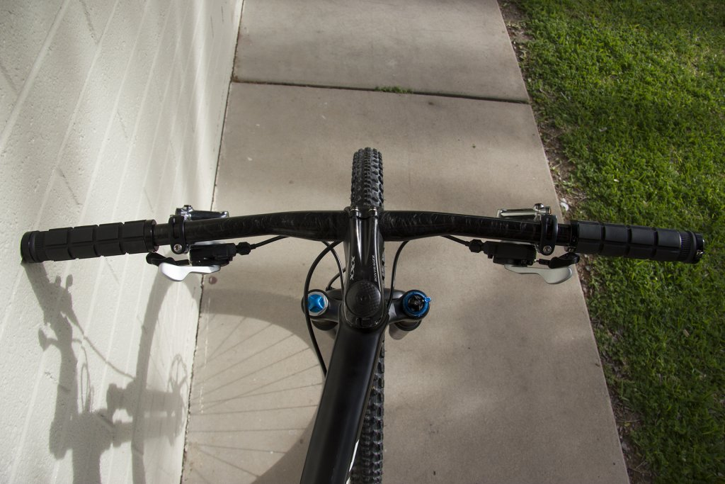 Post Your Carbon Razzo 29ers!-img_3864.jpg