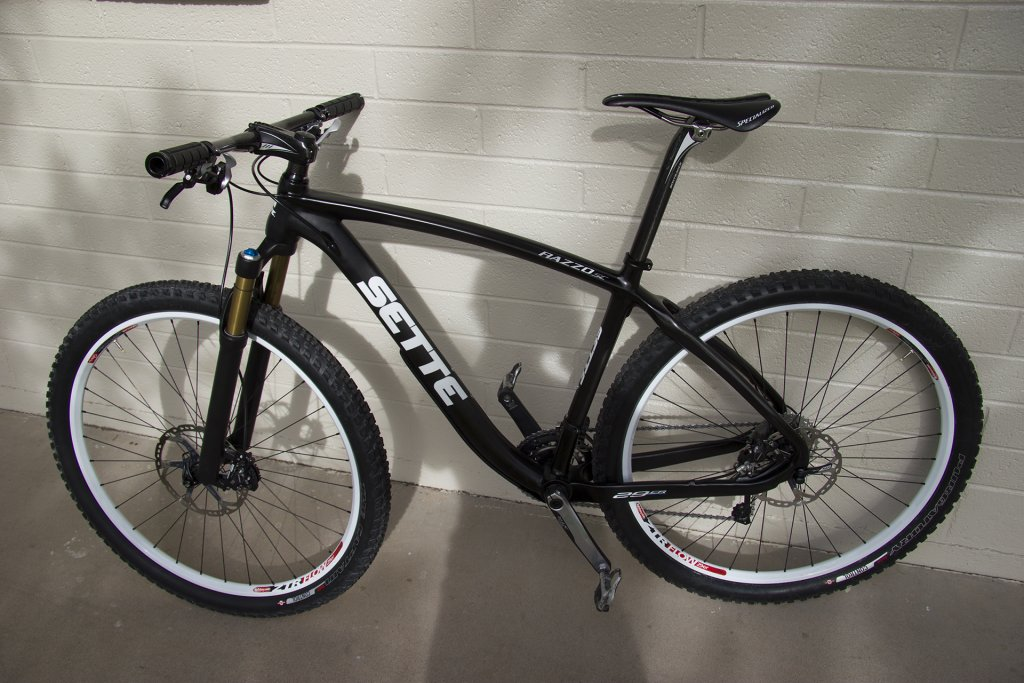Post Your Carbon Razzo 29ers!-img_3865.jpg