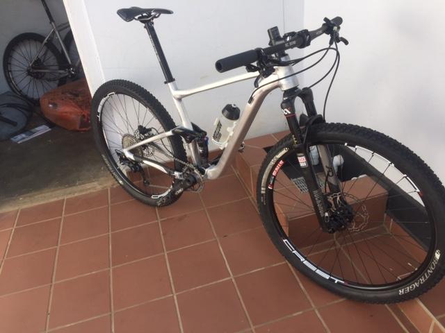 Post your light-weight bikes!-img_3866.jpg