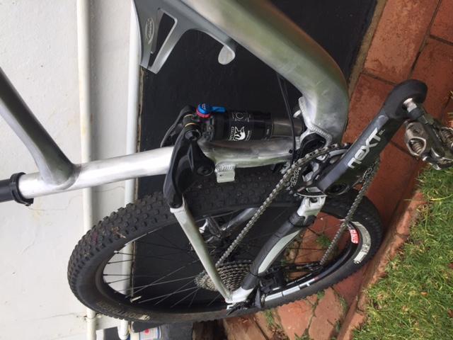 Post your light-weight bikes!-img_3880.jpg