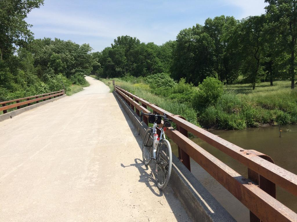 bike +  bridge pics-img_3933.jpg