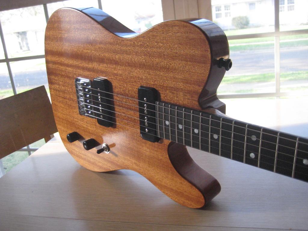 Guitars and Amps-img_4087.jpg