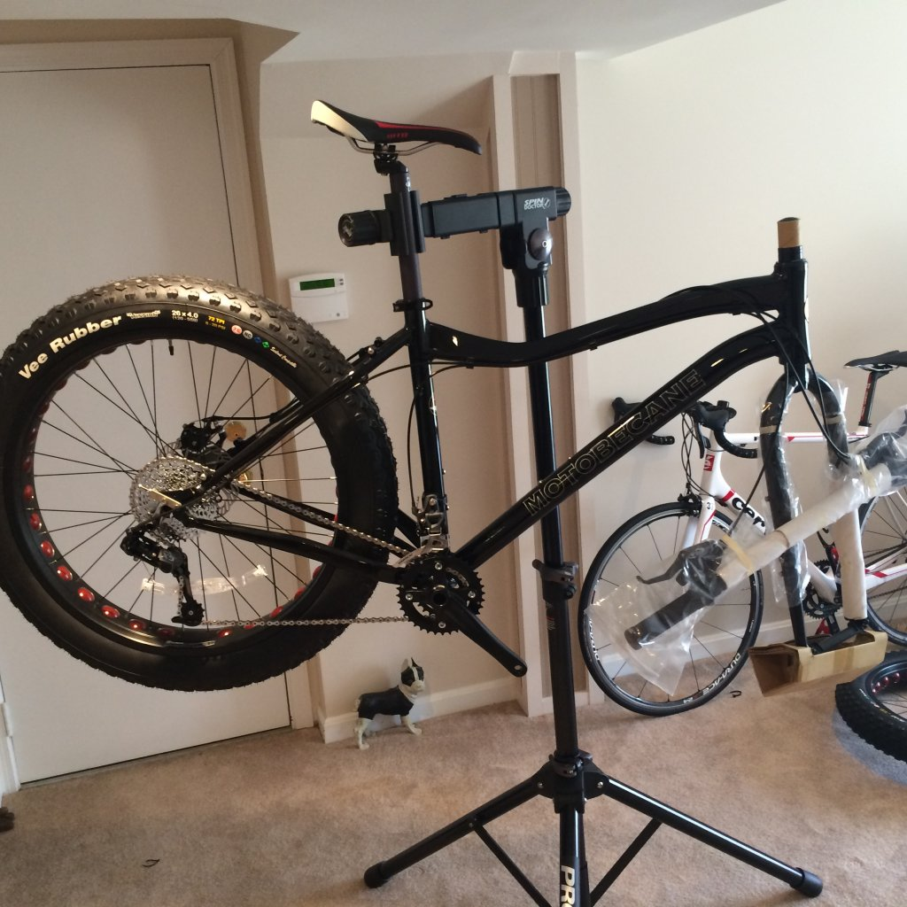 We just recevied our 2014 KHS 4 Season 3000 Fat Bikes......-img_4271.jpg