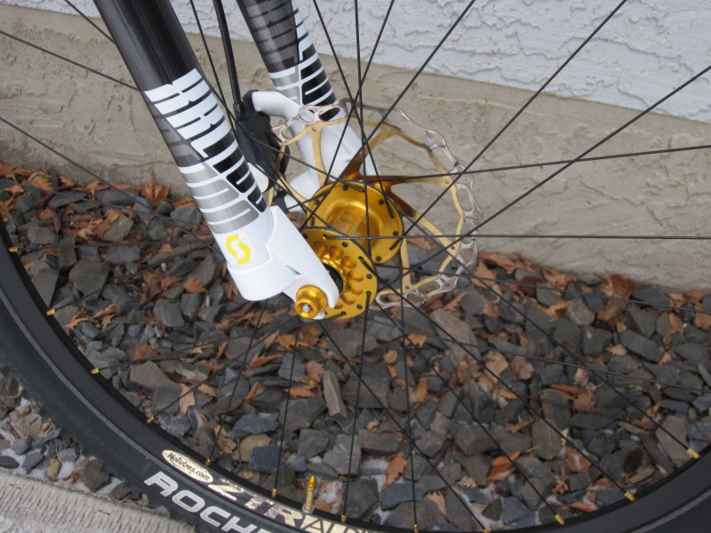 It's 2012 -- Tune vs DT 240 hubs (& Enve v AX-Lightness wheelset)-img_4318_1.jpg