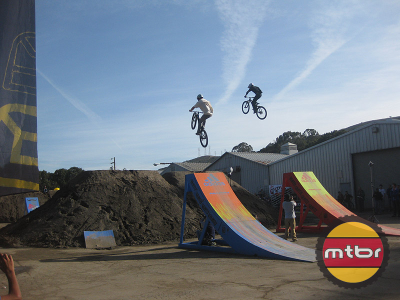 Dirt Jumps, Pump Track, Freestyle