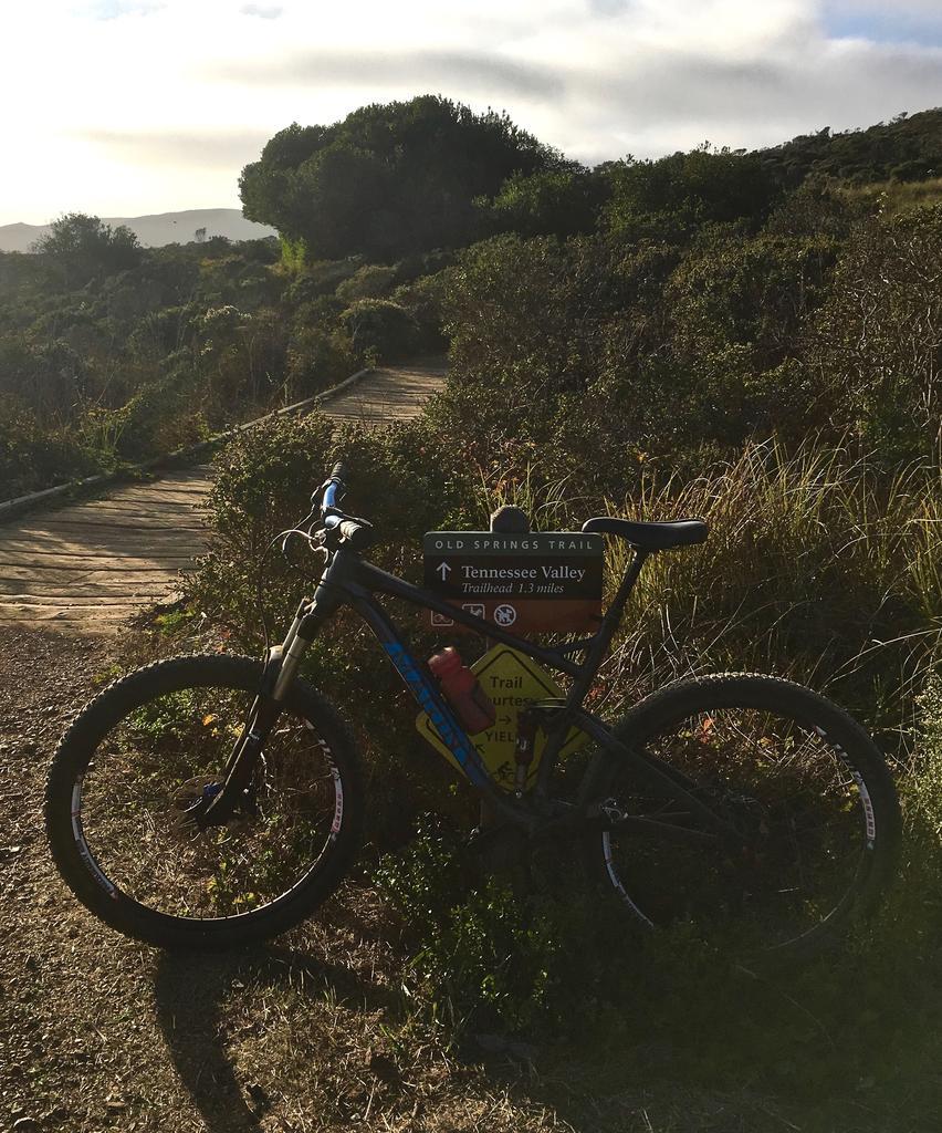 Bike + trail marker pics-img_4394.jpg