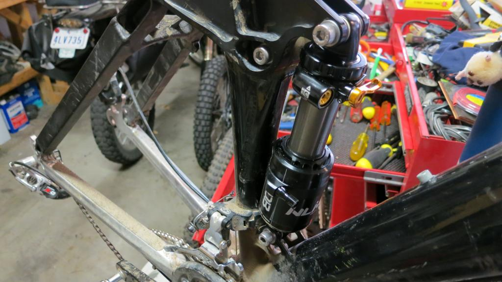 How to fit the new Cane Creek DB Inline on your OLD Lunchbox, or Behemoth.-img_4469_zpsfec302e3.jpg