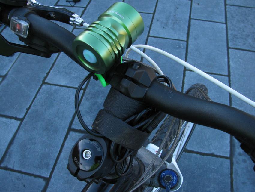 C&B SEEN CABS-1200 1200 Lumen Bike Light & Headlamp Kit review-img_4518.jpg
