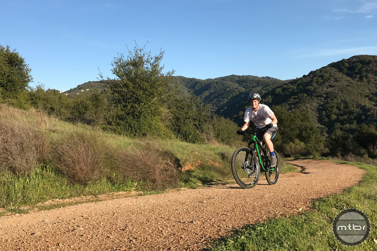 YT Jeffsy on Trail