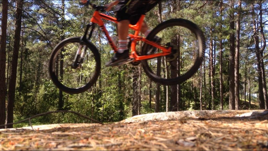 Transition Bikes in midair!-img_4789.jpg
