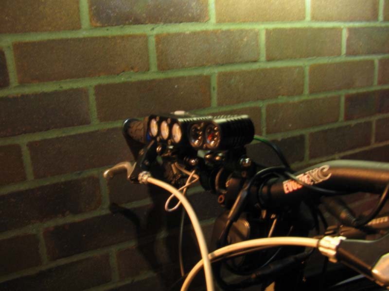 ITUO WIZ XP3 Triple XM- L2 U3 bike light-img_4800.jpg