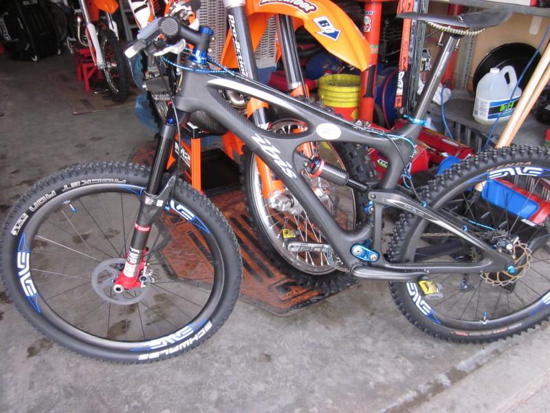 Carbon Brake rotors-img_4987_1.jpg
