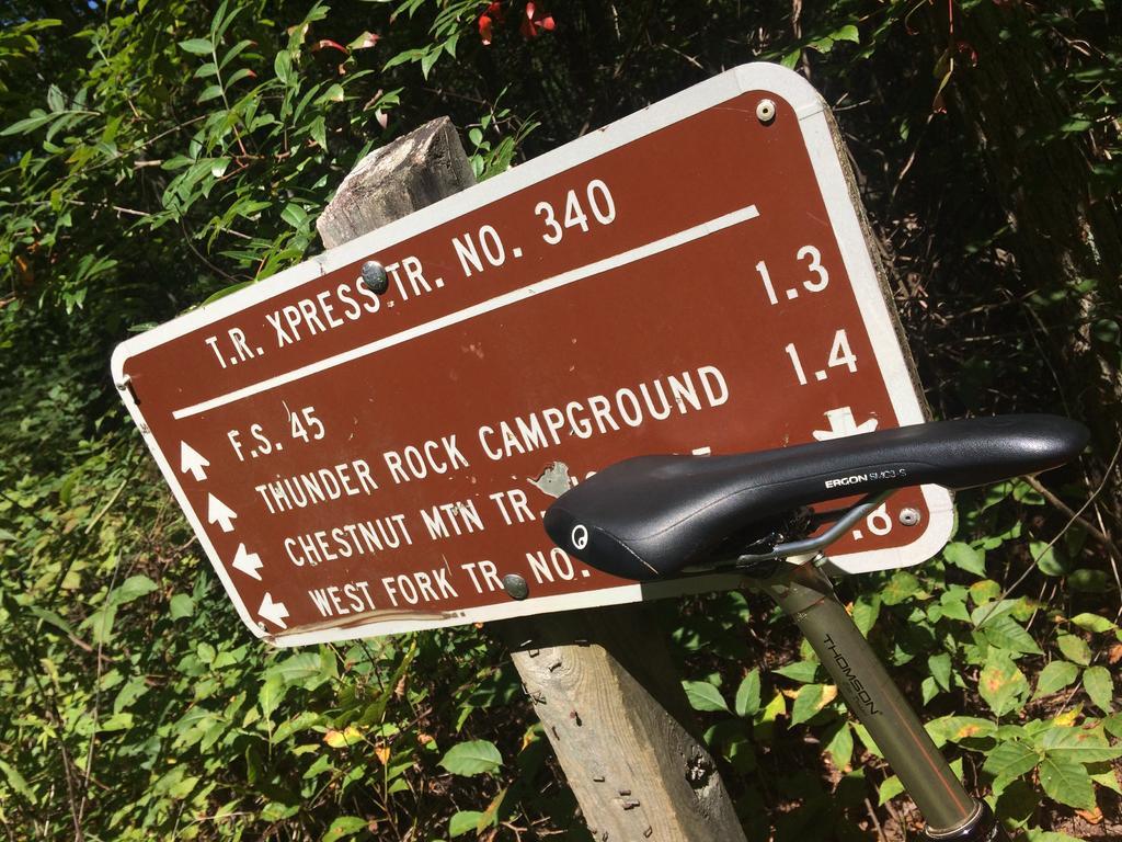 Bike + trail marker pics-img_5129.jpg