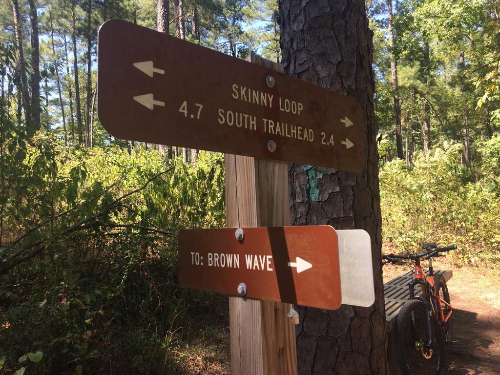 Bike + trail marker pics-img_5148.jpg