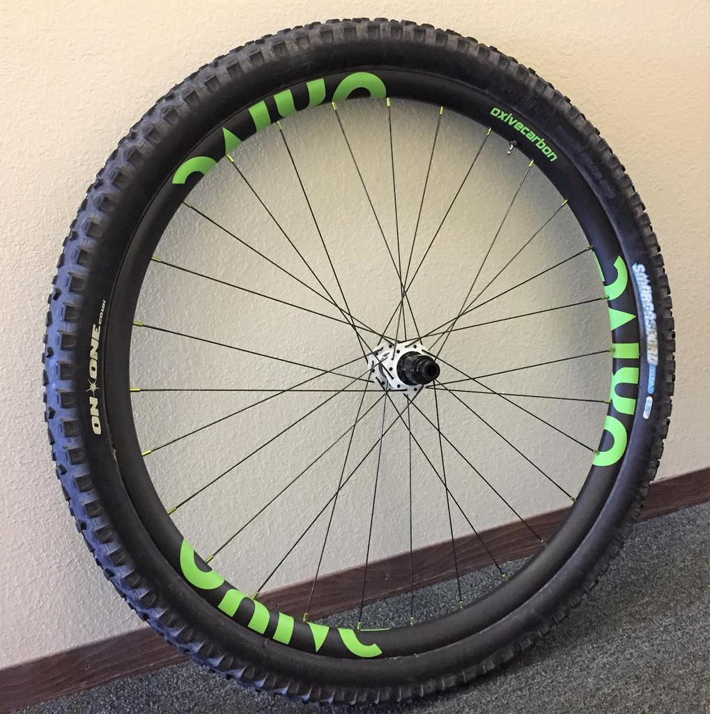 Oxive Carbon Rims and Wheels-img_5184s.jpg