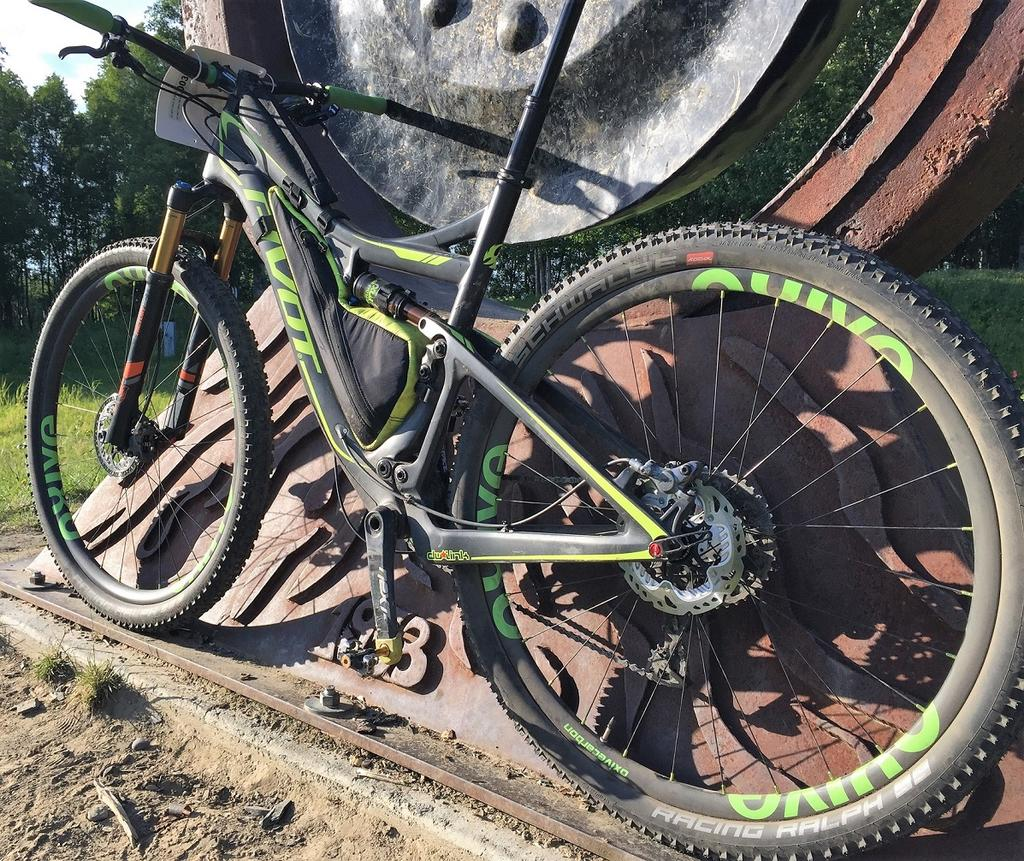 Oxive Carbon Rims and Wheels-img_5284.jpg