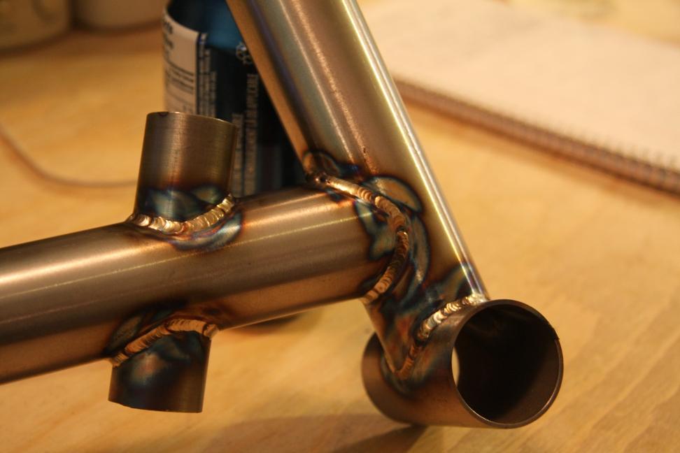 Building 2 enduro/cc steel frames-img_5774r_zps69bcd8e0.jpg
