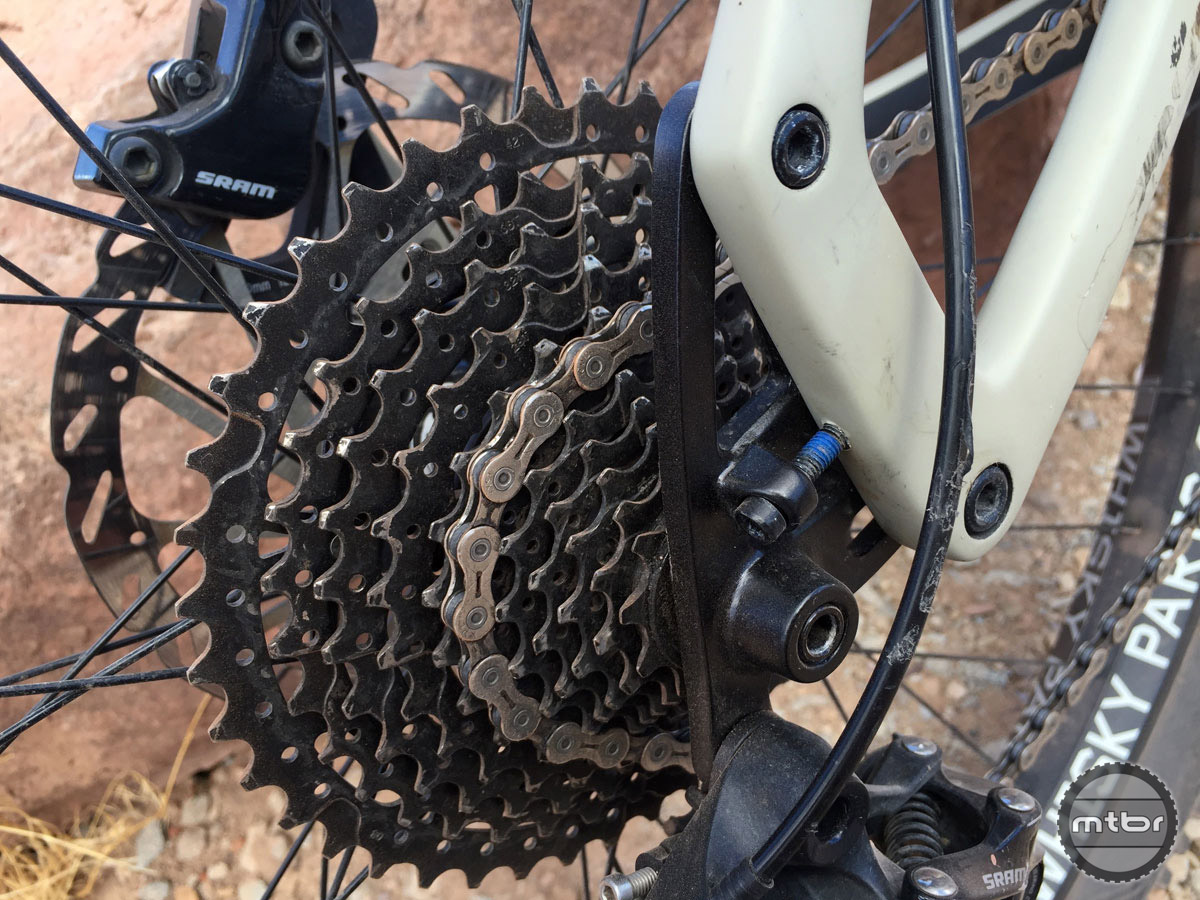 """The """"Alternator"""" dropouts are clever for changing the drivetrain, geometry, and chain stay length options of the frame."""