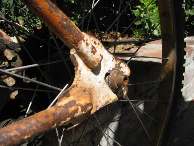 Another Yard Sale Score-Mystery Klunker Bike-Help Identify Please-img_5854.jpg