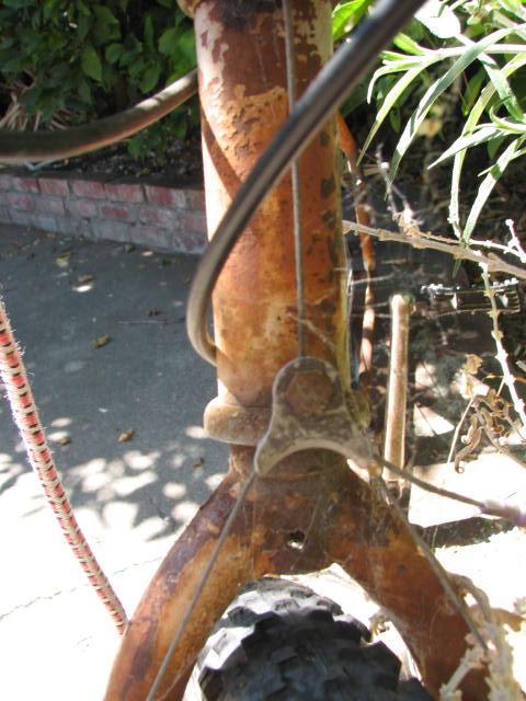 Another Yard Sale Score-Mystery Klunker Bike-Help Identify Please-img_5866.jpg
