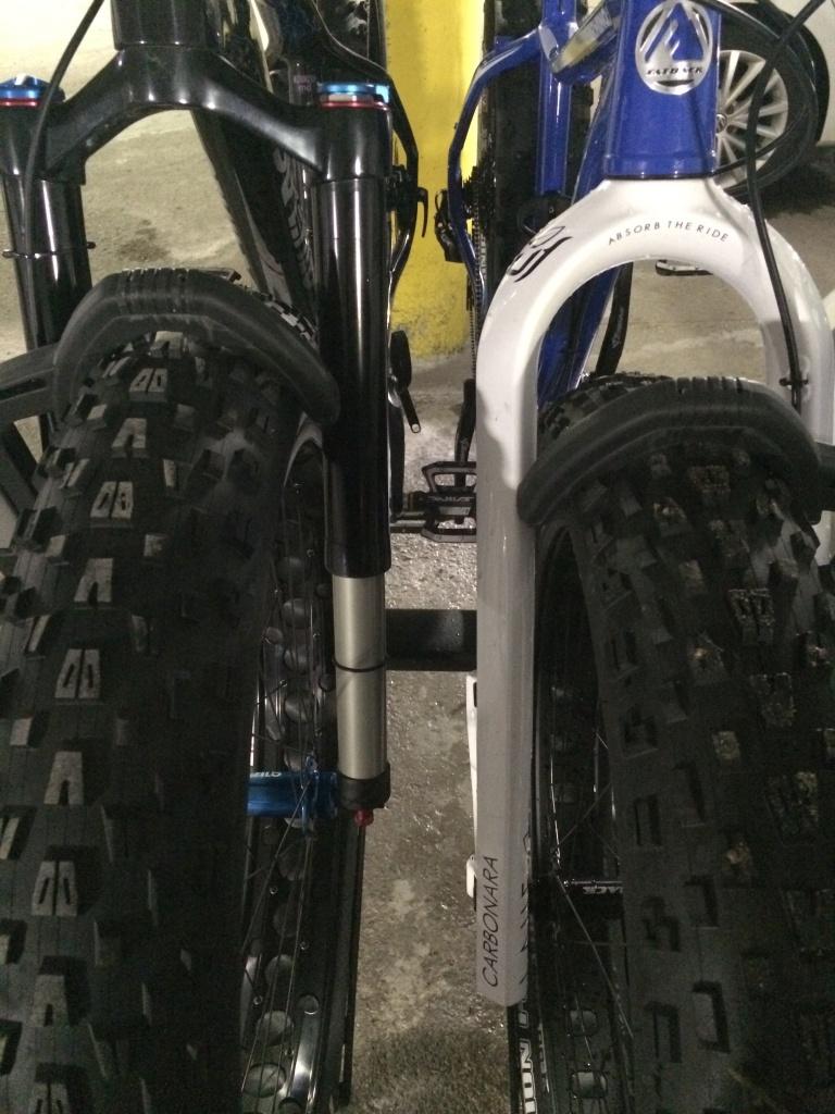 THULE T2 PRO - fat bike incompatible-img_5888.jpg