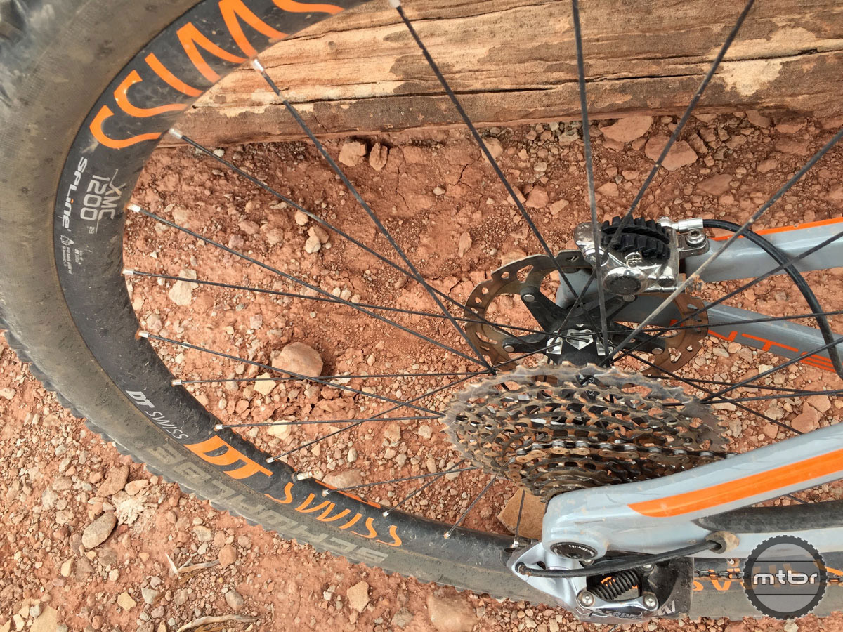 The DT Swiss wheels once again get high marks for ride quality and engagement.
