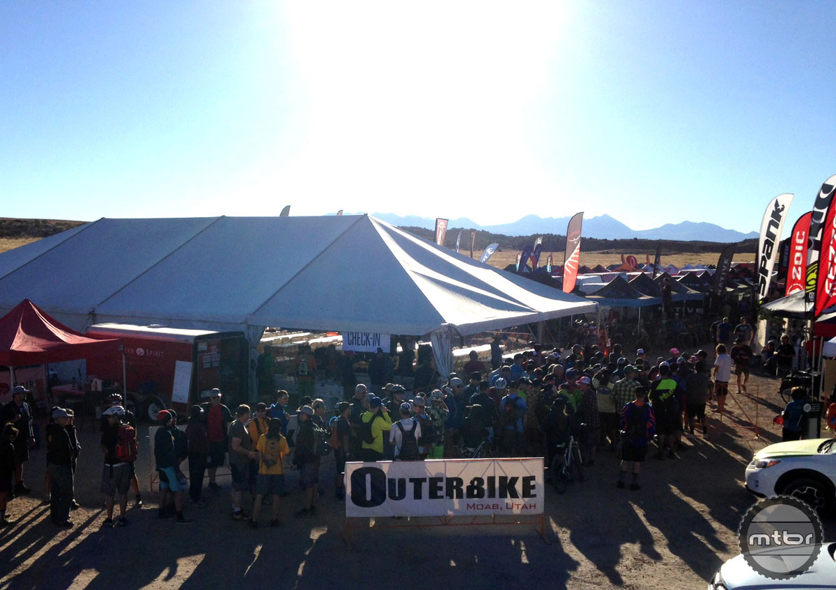 The morning queue was more symbolic than anything else. With several dozen exhibitors (and hundreds of demo bikes) on hand, you could all but guarantee your next ride was going to be a sweet ride.