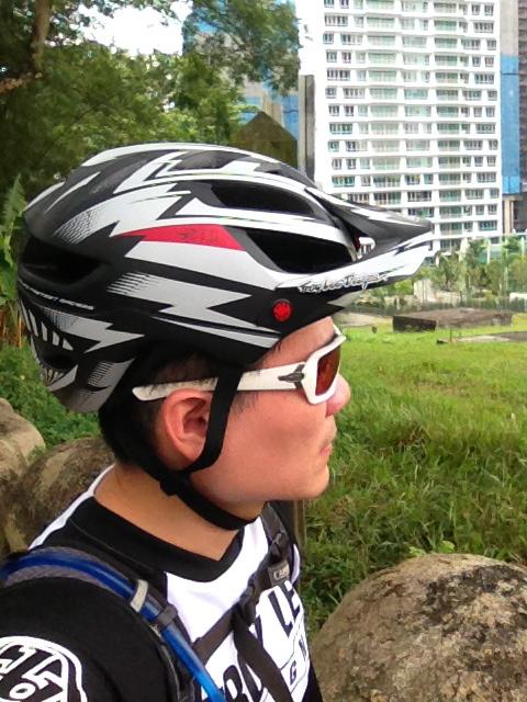 TLD A1 Helmet-img_6195.jpg
