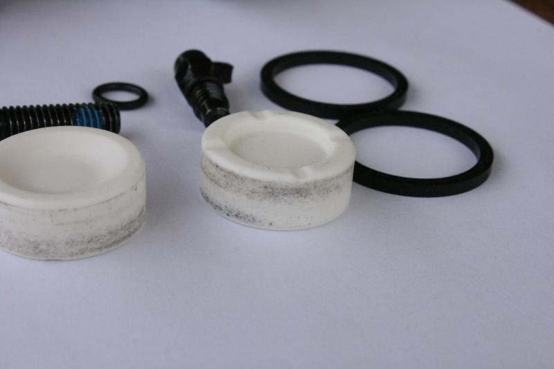 Ever Wondered How a Hydraulic Brake Calliper works - pictures-img_6255-800x533-.jpg