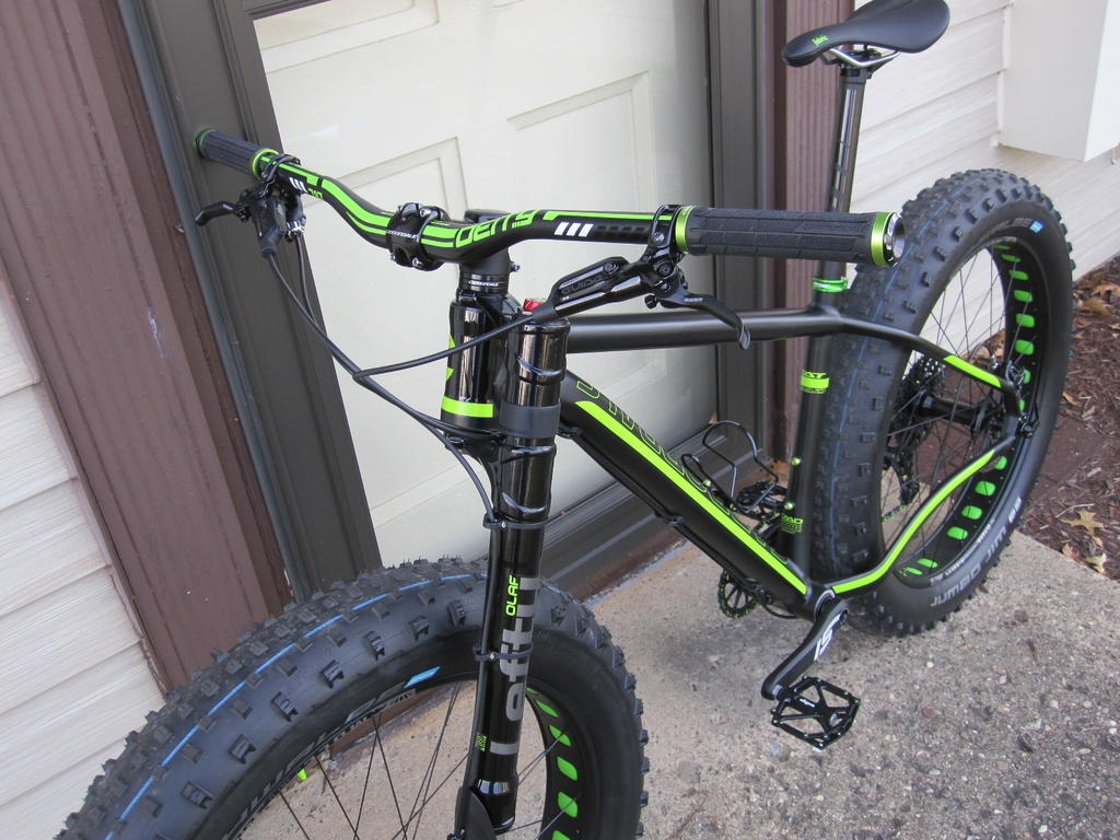 Anyone ride the Cannondale Fat Caad 1?-img_6323.jpg