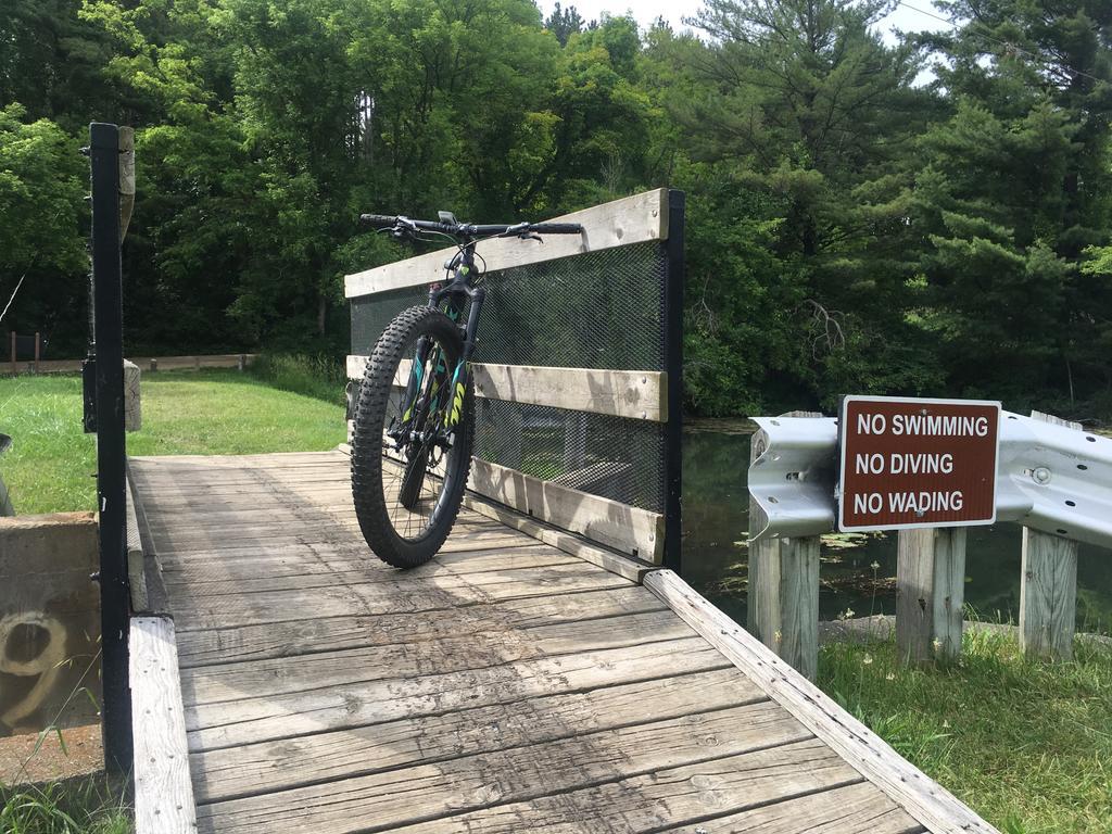 bike +  bridge pics-img_6392a.jpg