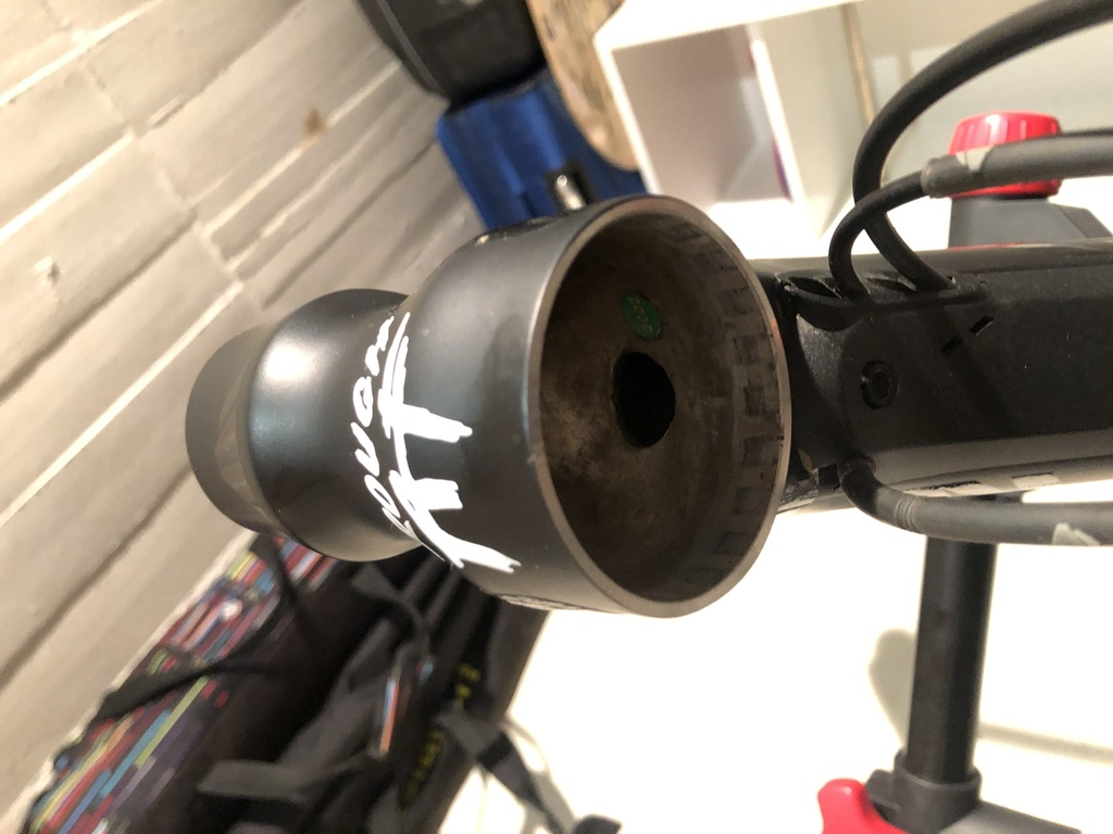 2018 Spectral AL headset bearings destroyed - need a permanent fix-img_6586.jpg