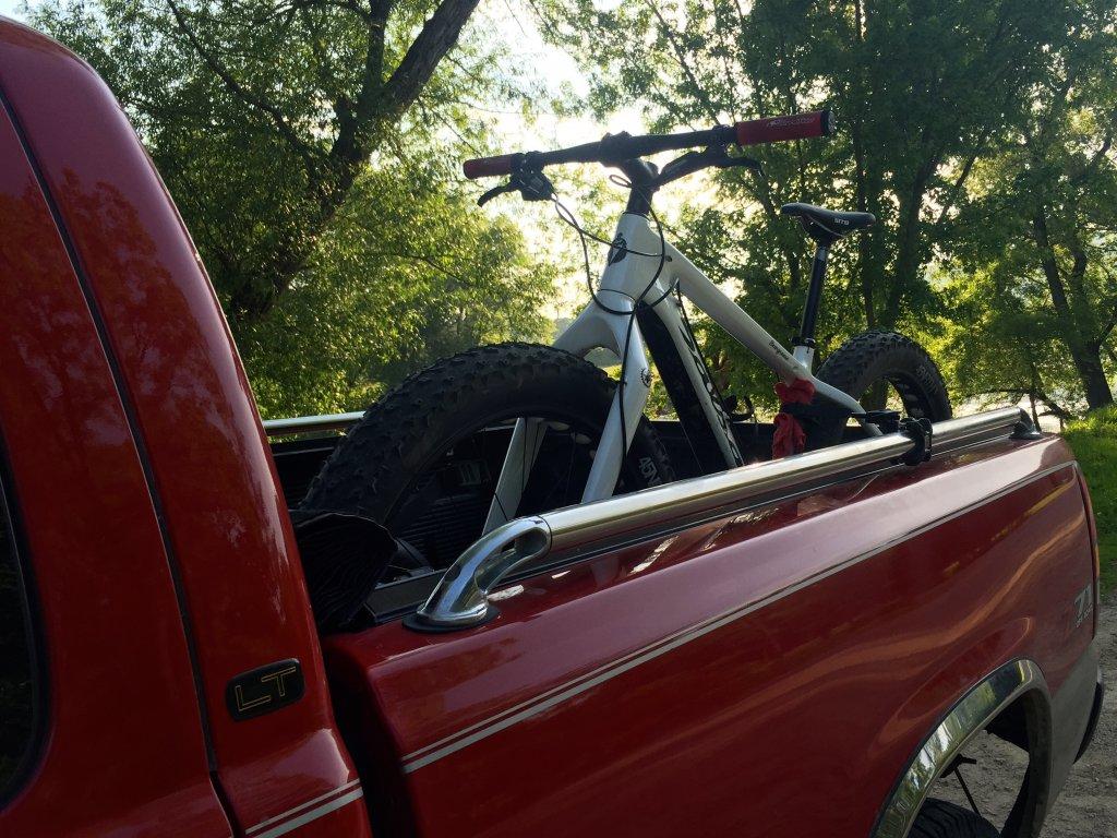 show your DIY truck bed bike racks-img_6932.jpg