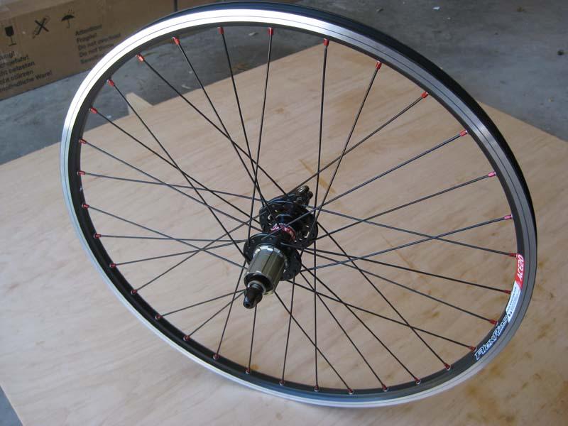 """Built some 24"""" Wheels-img_7233.jpg"""