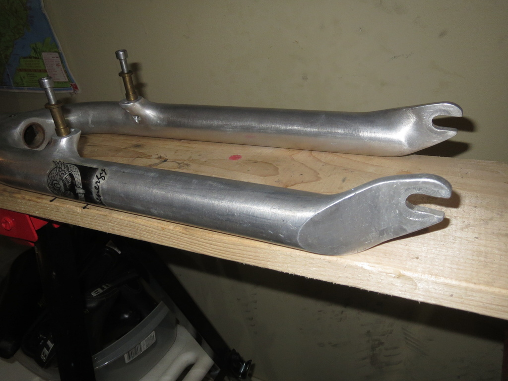 Is  this a Cunningham fork??-img_7427.jpg
