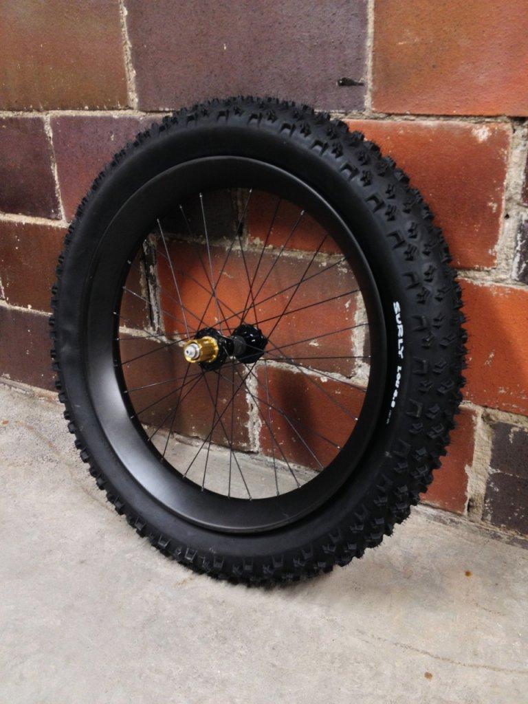 Nextie-Bike carbon rims-img_7759.jpg