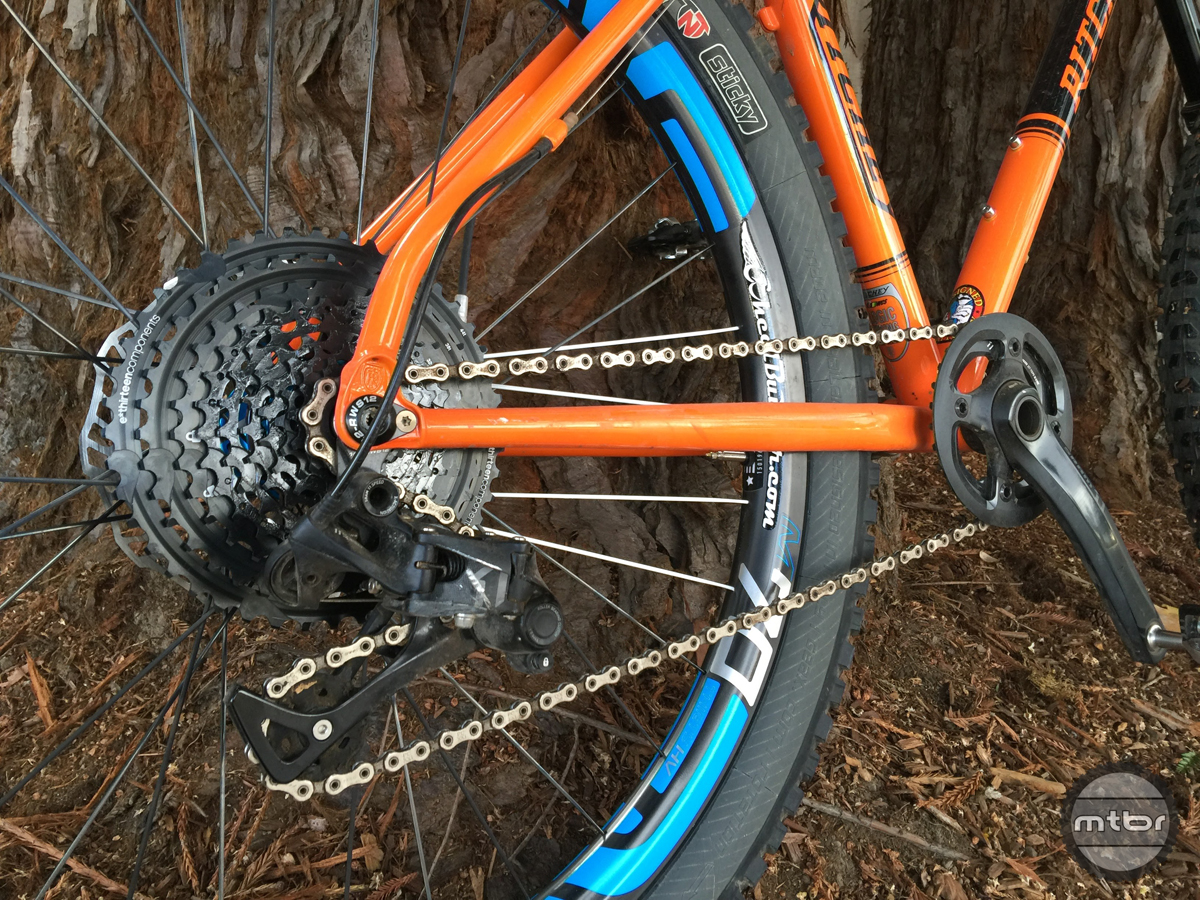 E-Thirteen 9-44 cassette on high gear with derailleur taking up the chain slack