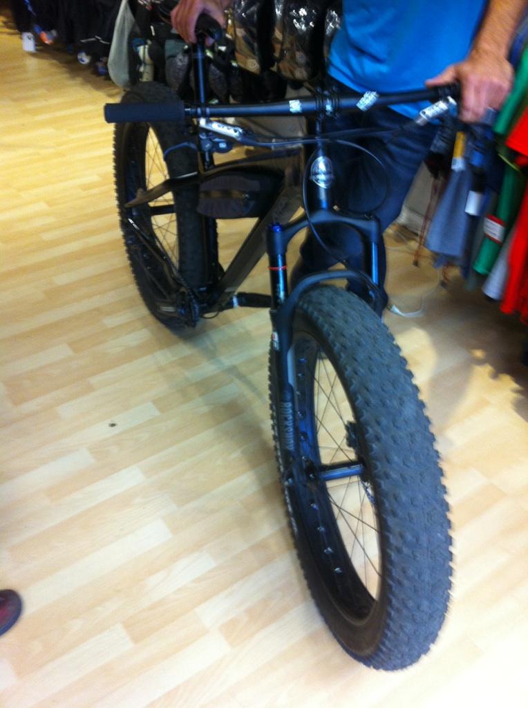 Rocky Mountain Blizzard Fat Bike-img_7883.jpg
