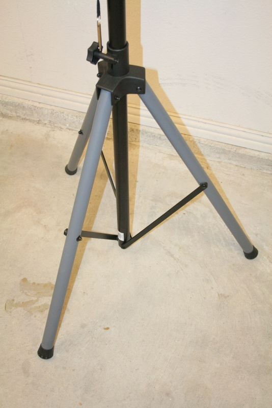 My  home built workstand...-img_8044.jpg