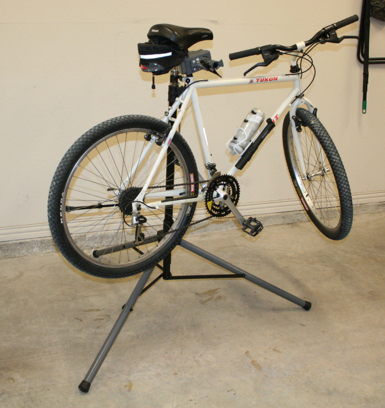 My  home built workstand...-img_8047.jpg