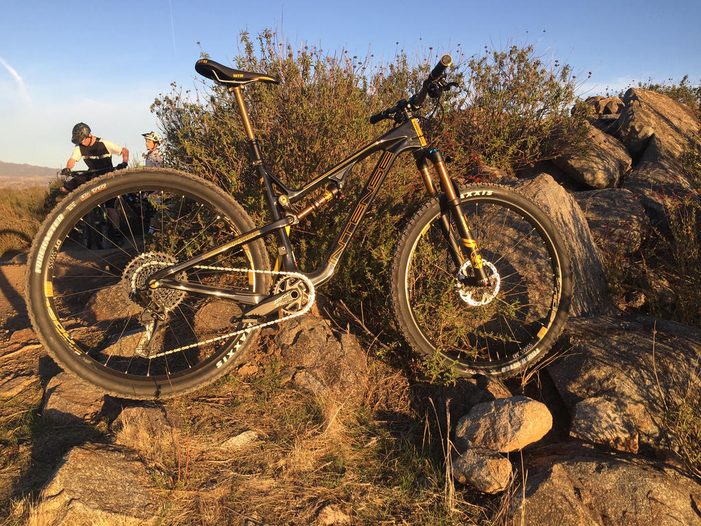 "The ""Holy Grail"" of FS 29er Trail bike?-img_8114.jpg"