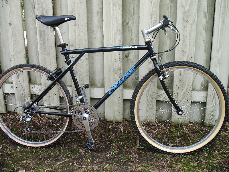 GT Frame Build-Up - 1991 Cyclone Made in the USA-img_8281.jpg