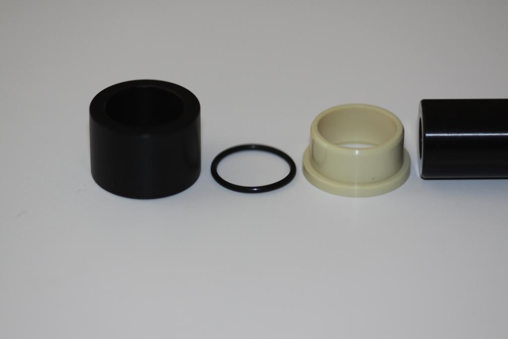 New type of Fox shock mounting hardware-img_8358.jpg