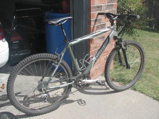 Newbie and my bike-img_9242.jpg