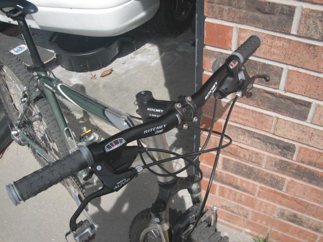 Newbie and my bike-img_9244.jpg